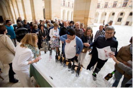 II Brindis colectivo con los vinos de la Denominación de Origen Uclés, en el Monasterio de Santiago en Uclés