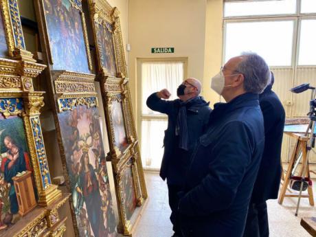 Globalcaja materializa su apoyo a la Catedral para la restauración del Retablo de la Capilla del Deán Barreda